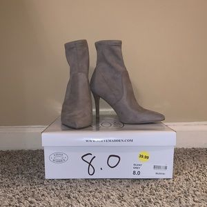 Steve Madden - grey ankle booties